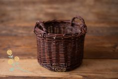 Cottage wicker basket with handles