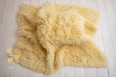 Flokati 100% wool - pastel yellow